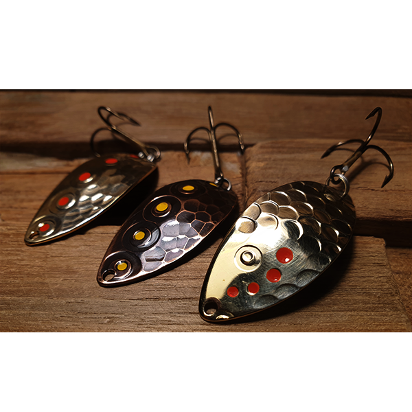cuillère ondulante pour la pêche de la truite en rivières moyennes