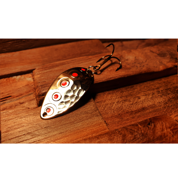 cuillère ondulante pour la pratique de la pêche de la truite en rivière